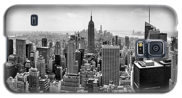 New York City Skyline Bw Galaxy S5 Case by Az Jackson