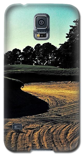 The Hustle And Bustle Has Come To An End On The Golf Course Galaxy S5 Case