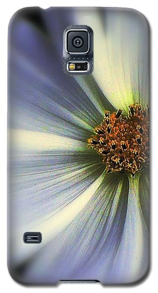 Galaxy S5 Case featuring the photograph The Jewel by Elfriede Fulda