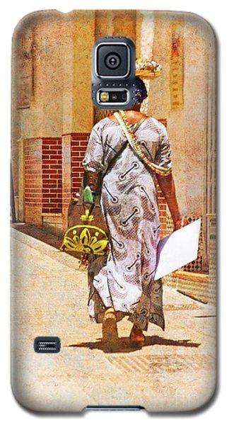 Galaxy S5 Case featuring the photograph The Jewelry Seller - Malaga Spain by Mary Machare