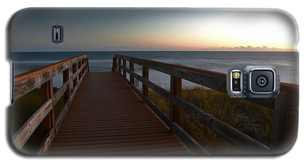 Galaxy S5 Case featuring the photograph The Long Walk Home by Renee Hardison