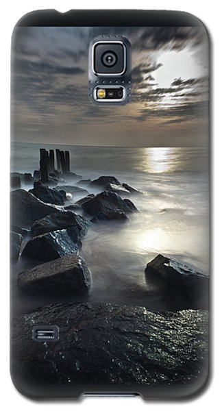 The Lost Shores Galaxy S5 Case by Everett Houser