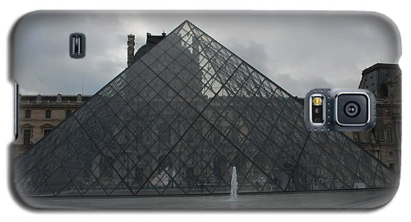 Galaxy S5 Case featuring the photograph The Louvre And I.m. Pei by Christopher Kirby