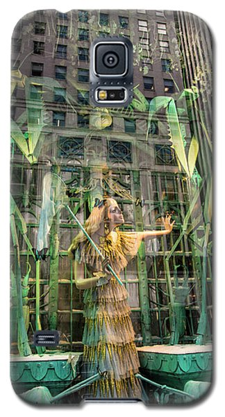 Galaxy S5 Case featuring the photograph The Lure Of The Wild by Alex Lapidus