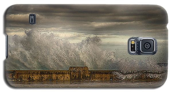 The Malecon Galaxy S5 Case by R Thomas Berner
