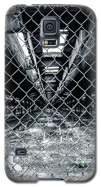 Galaxy S5 Case featuring the photograph The Missing Train by Michael Albright