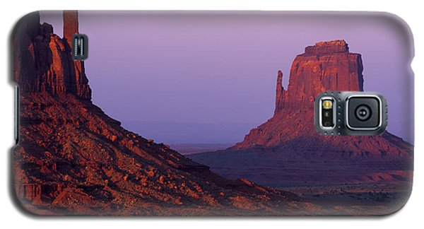 Galaxy S5 Case featuring the photograph The Mittens by Chad Dutson