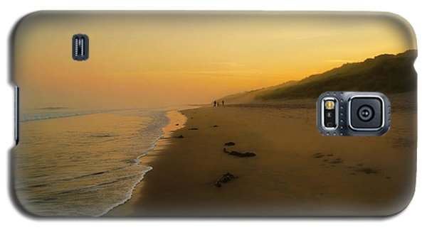 Galaxy S5 Case featuring the photograph The Morning Walk by Roy McPeak