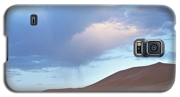 Galaxy S5 Case featuring the photograph The Moroccan Dunes by Yuri Santin