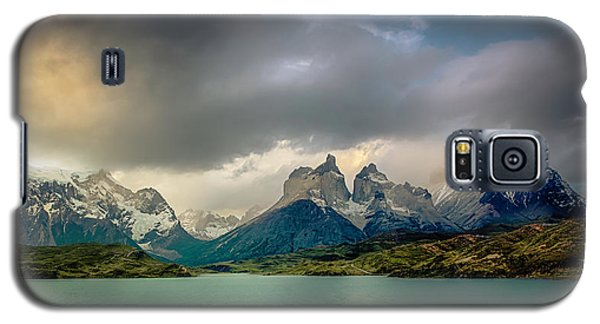 Galaxy S5 Case featuring the photograph The Mountains On The Lake by Andrew Matwijec