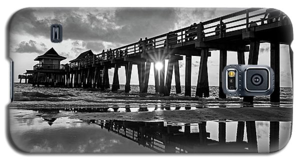 Naples Pier At Sunset Naples Florida Black And White Galaxy S5 Case