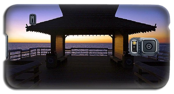 The Naples Pier At Twilight - 02 Galaxy S5 Case by Robb Stan