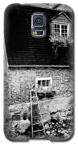 The Nest Galaxy S5 Case
