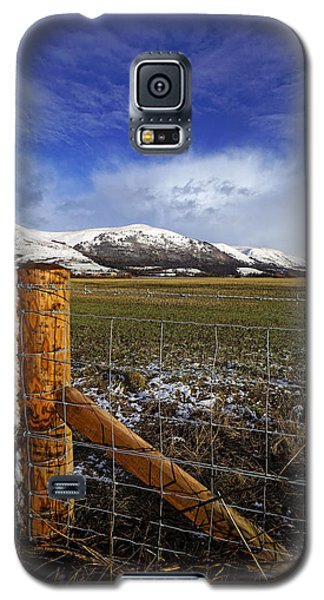 Galaxy S5 Case featuring the photograph The Ochils In Winter by Jeremy Lavender Photography
