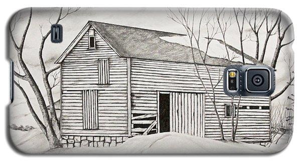 Galaxy S5 Case featuring the drawing The Old Barn Inwinter by John Stuart Webbstock