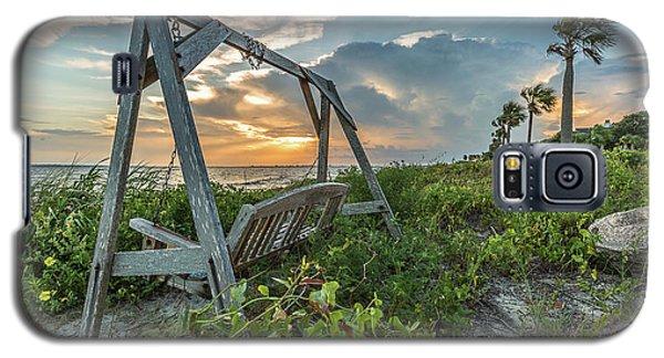 The Old Beach Swing -  Sullivan's Island, Sc Galaxy S5 Case