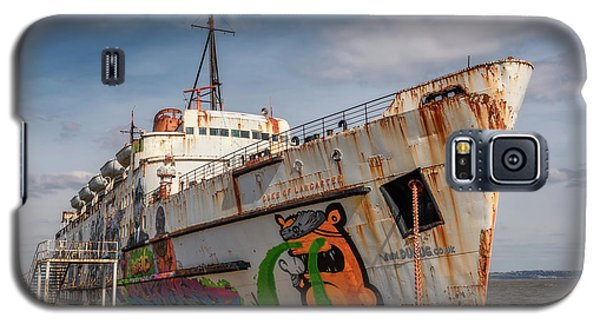 Galaxy S5 Case featuring the photograph The Old Duke by Adrian Evans