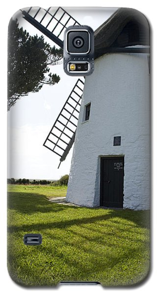 Galaxy S5 Case featuring the photograph The Old Irish Windmill by Ian Middleton