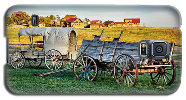 Galaxy S5 Case featuring the photograph The Old West by Barbara Manis