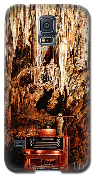 Galaxy S5 Case featuring the photograph The Organ In The Cavern by Paul Ward