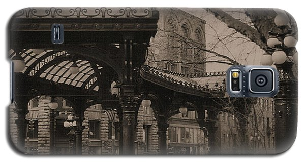 The Pergola At Pioneer Square Galaxy S5 Case by Nadalyn Larsen