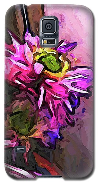 The Pink And Purple Flower By The Pale Pink Wall Galaxy S5 Case