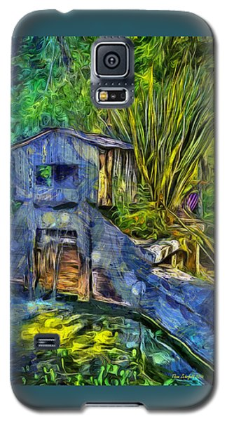 Galaxy S5 Case featuring the photograph Blakes Pond House by Thom Zehrfeld