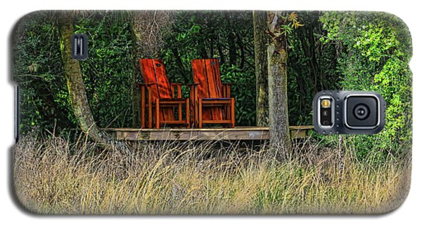 Galaxy S5 Case featuring the photograph The Red Chairs by Deborah Benoit