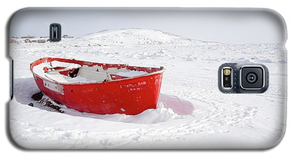 The Red Fishing Boat Galaxy S5 Case by Nick Mares