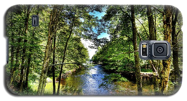 Galaxy S5 Case featuring the photograph The River At Covewood by David Patterson