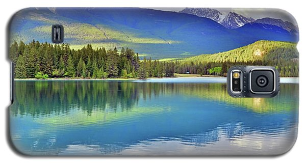 Galaxy S5 Case featuring the photograph The Rockies Reflected In Lake Annette by Tara Turner