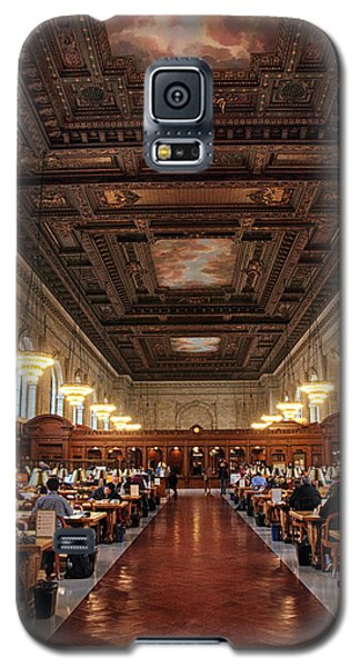 Galaxy S5 Case featuring the photograph The Rose Reading Room II by Jessica Jenney