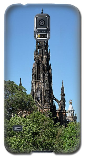Galaxy S5 Case featuring the photograph The Scott Monument In Edinburgh, Scotland by Jeremy Lavender Photography