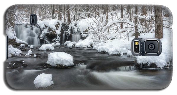 The Secret Waterfall In Winter 2 Galaxy S5 Case