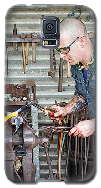 Galaxy S5 Case featuring the photograph The Smithy by Linda Lees