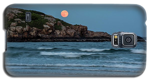 The Strawberry Moon Rising Over Good Harbor Beach Gloucester Ma Island Galaxy S5 Case