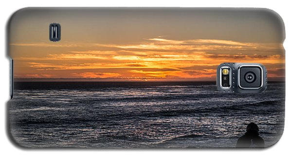 Galaxy S5 Case featuring the photograph The Sun Says Goodbye by Lora Lee Chapman