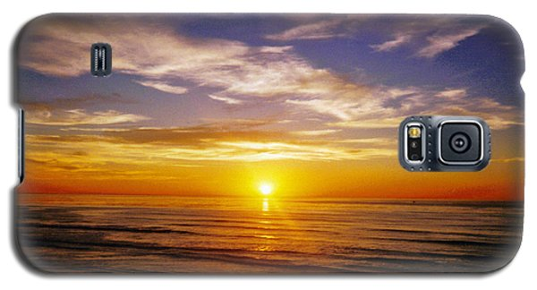 Galaxy S5 Case featuring the photograph The Sun Says Goodnight by Jean Haynes
