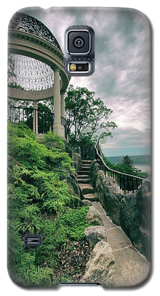 The Temple Walkway Galaxy S5 Case by Jessica Jenney