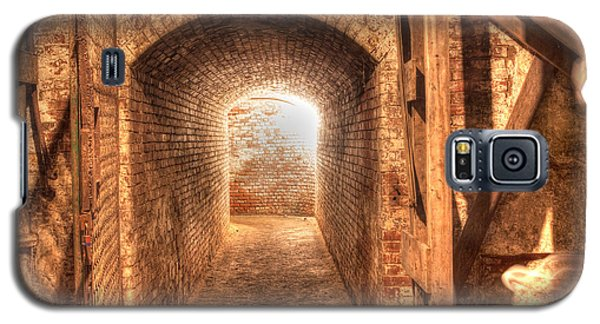 Galaxy S5 Case featuring the photograph The Tunnel by David Bishop