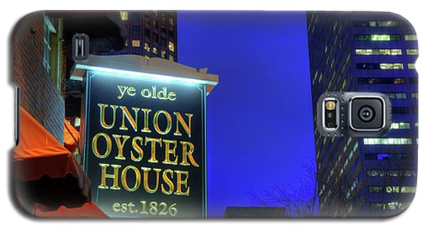 Galaxy S5 Case featuring the photograph The Union Oyster House - Boston by Joann Vitali