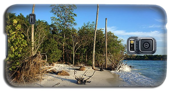 The Unspoiled Beauty Of Barefoot Beach In Naples - Landscape Galaxy S5 Case