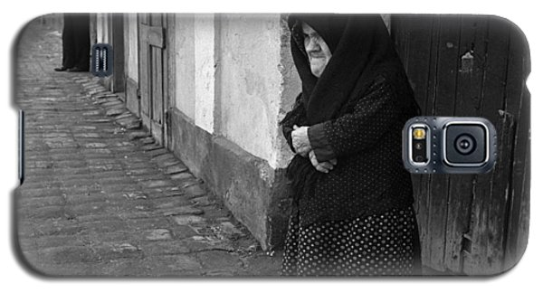 Galaxy S5 Case featuring the photograph The Vigilants by Emanuel Tanjala