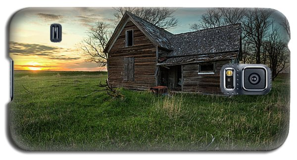 Galaxy S5 Case featuring the photograph The Way She Goes by Aaron J Groen