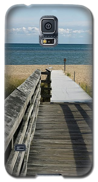 Galaxy S5 Case featuring the photograph The Way To The Beach by Tara Lynn