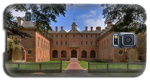 Galaxy S5 Case featuring the photograph The Wren Building At William And Mary by Jerry Gammon