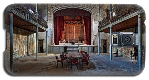 Theatre Scene - Urban Decay Galaxy S5 Case by Dirk Ercken