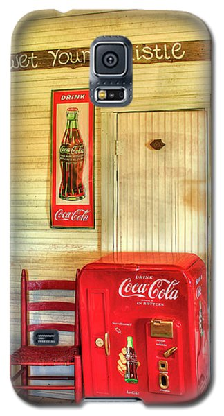Thirst-quencher Old Coke Machine Galaxy S5 Case by Reid Callaway