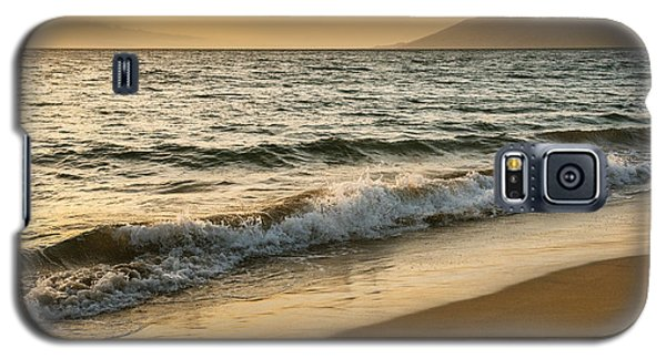 Galaxy S5 Case featuring the photograph This Beauty by Sandi Mikuse