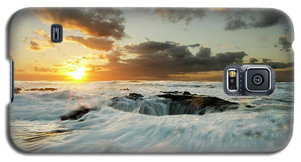 Galaxy S5 Case featuring the photograph Thors Well Cape Perpetua 1 by Bob Christopher